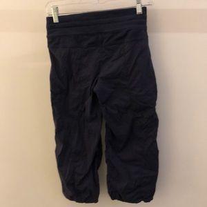 lululemon athletica Pants - Lululemon navy crop unlined studio pant, sz 4